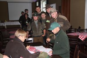 Jagdscheinkontrolle... Foto: Erstling/ LJVB